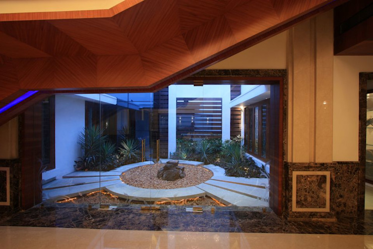 Courtyard Modern garden by Ansari Architects Modern