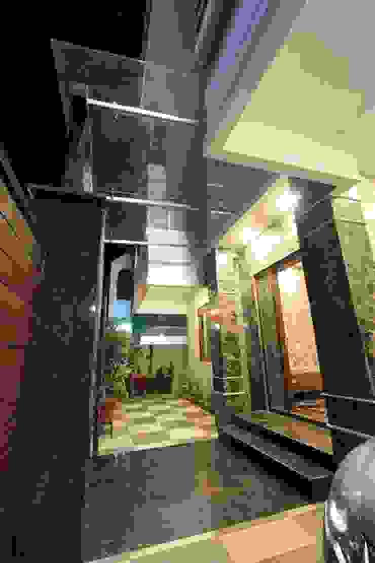 Ethnic Inspiration House Modern houses by Ansari Architects Modern