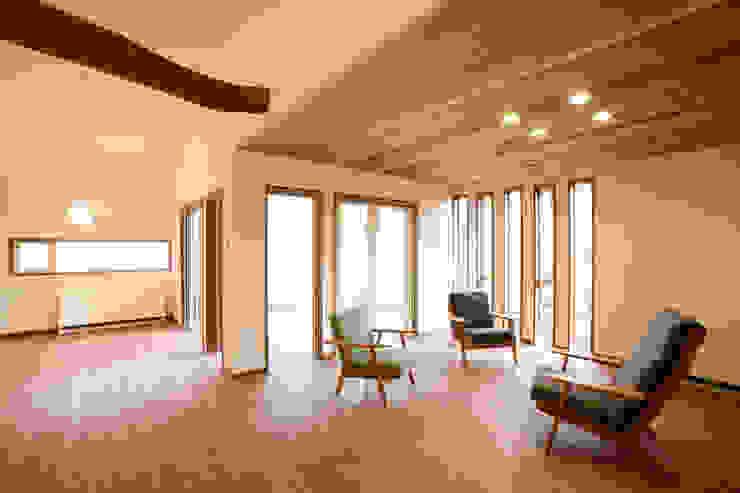 リビング 北欧デザインの リビング の 一級建築士事務所 アトリエ カムイ 北欧
