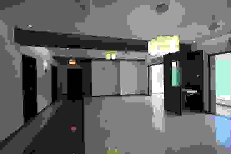 Living & Dining Modern living room by Ansari Architects Modern
