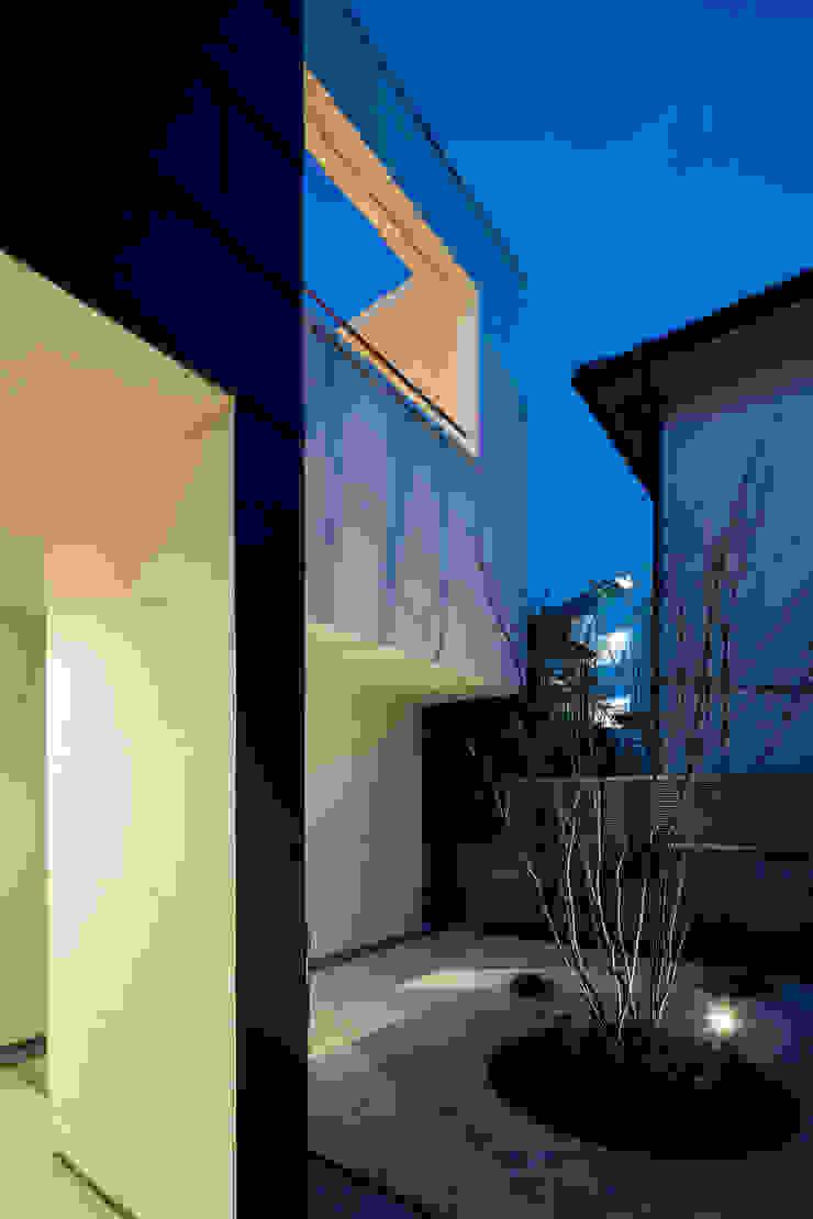 Casas modernas por 設計事務所アーキプレイス Moderno