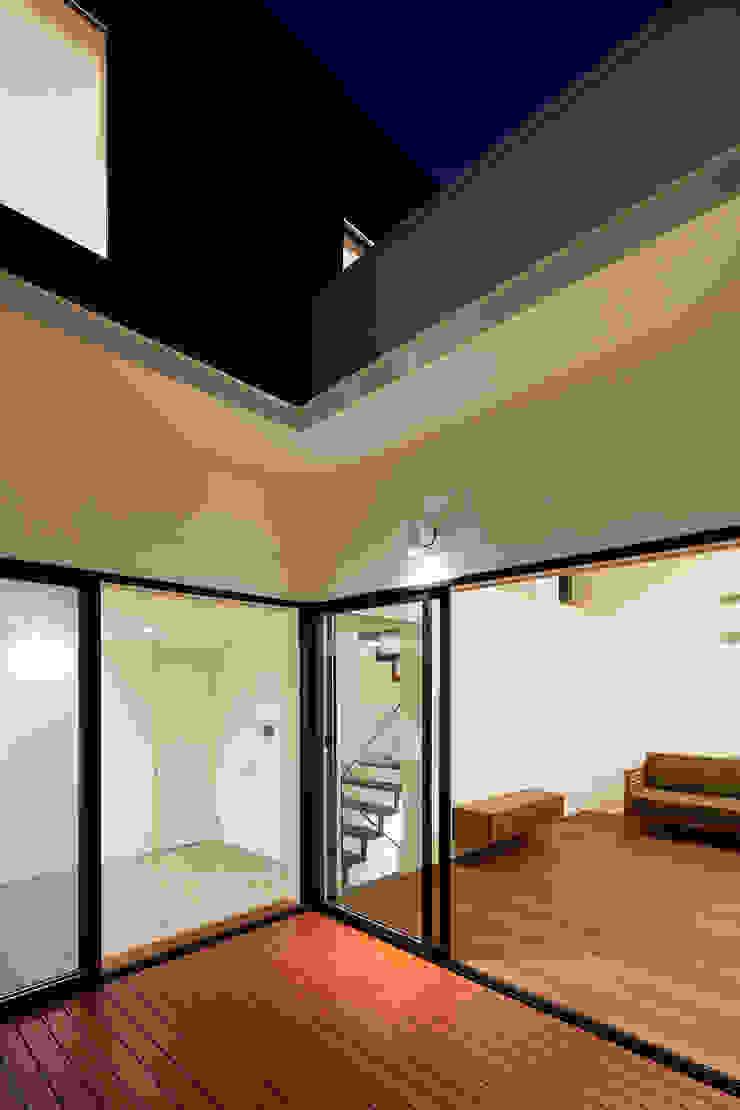 Varandas, alpendres e terraços modernos por 設計事務所アーキプレイス Moderno