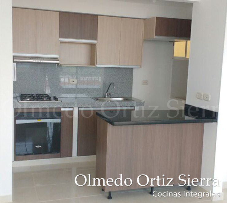 Cocinas Integrales Olmedo Ortiz Sierra Modern houses Engineered Wood Multicolored