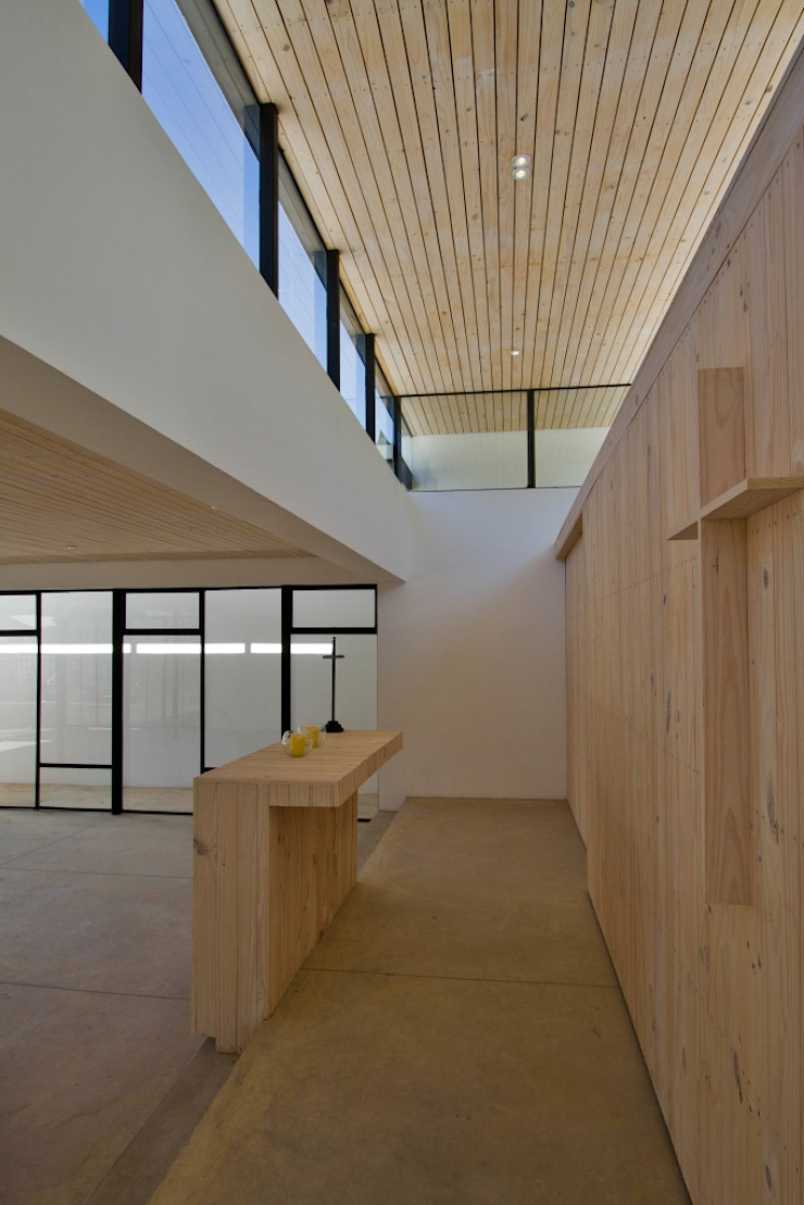 Capilla Alberto Hurtado Casas estilo moderno: ideas, arquitectura e imágenes de G4 Arquitectos Asociados Moderno