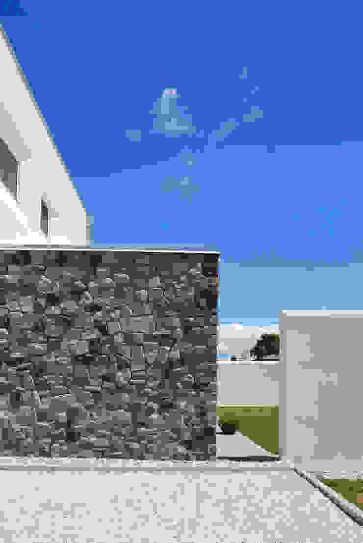 Margherita Mattiussi architetto Modern houses Stone