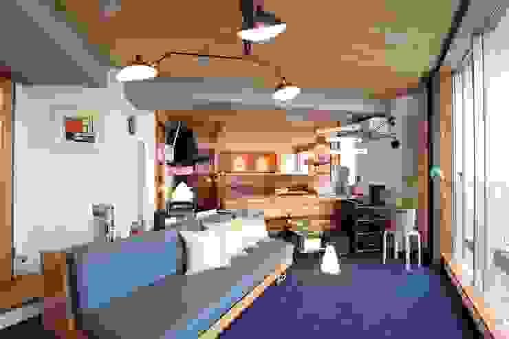 間仕切の少ない広がる空間 合同会社negla設計室