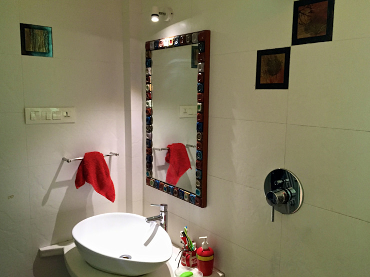 Bungalow in Bhuj Design Kkarma (India) Eclectic style bathroom