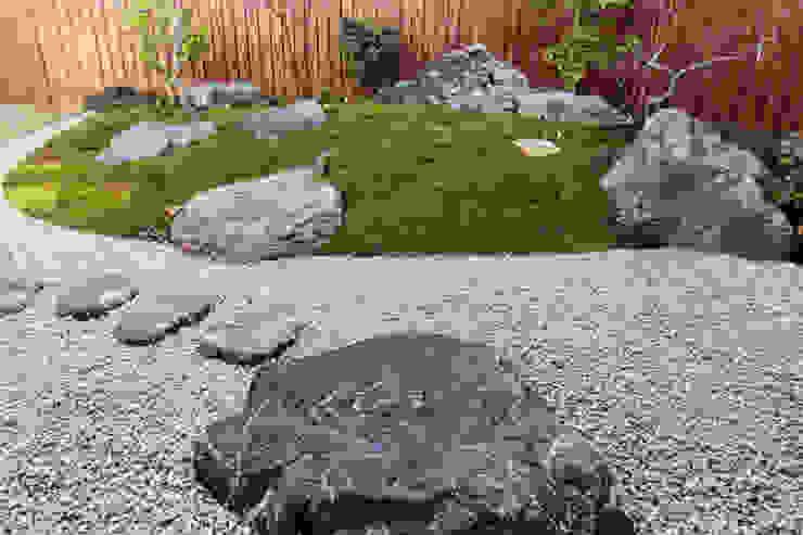 鈴木庭苑 สวน หิน
