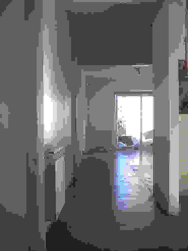 Remodelacion Departamento, Capital Federal Livings modernos: Ideas, imágenes y decoración de ArquitectoRossiniTulio Moderno