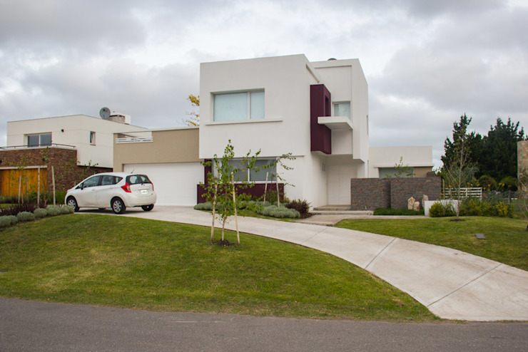 Houses by Zaccanti & Monti arquitectos ,