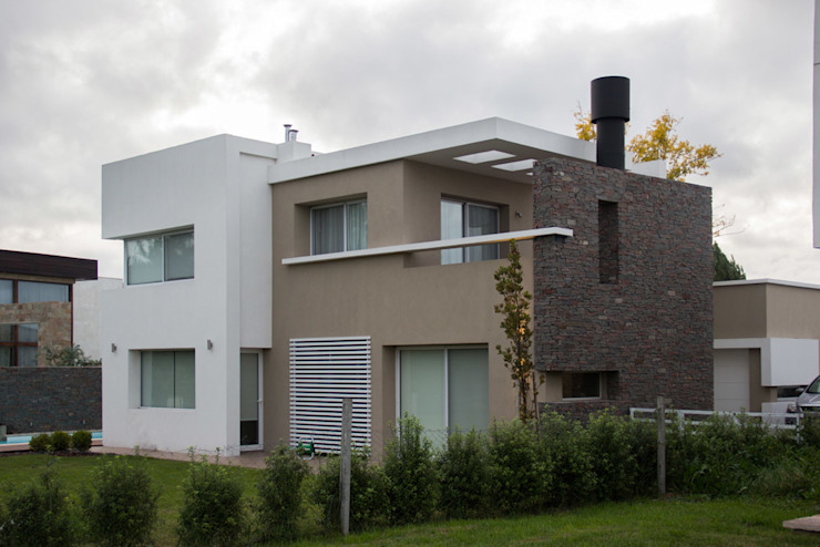 Casa DDC Casas modernas: Ideas, imágenes y decoración de Zaccanti & Monti arquitectos Moderno