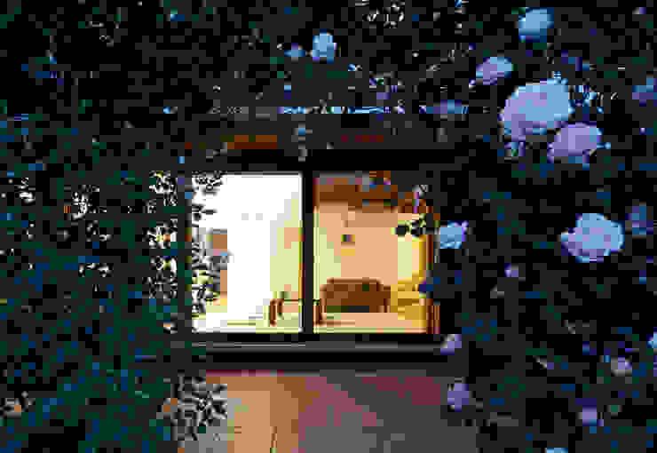 岩川アトリエ Modern home