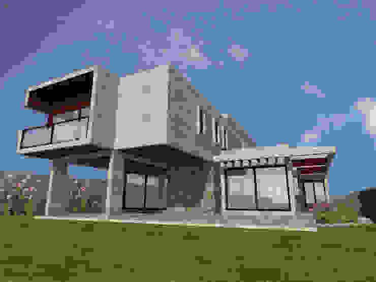 Casa Gama Casas estilo moderno: ideas, arquitectura e imágenes de Vibra Arquitectura Moderno