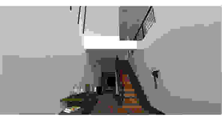 Casa Gama Pasillos, vestíbulos y escaleras modernos de Vibra Arquitectura Moderno