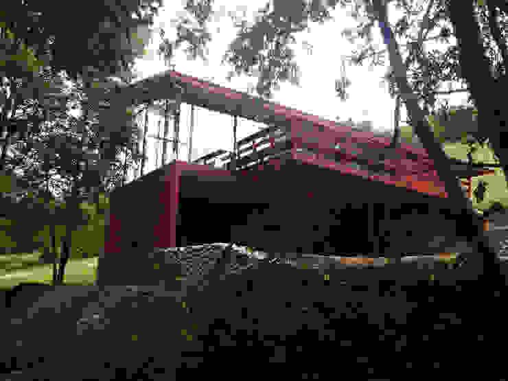 Casa Lago Ranco Casas estilo moderno: ideas, arquitectura e imágenes de Vibra Arquitectura Moderno