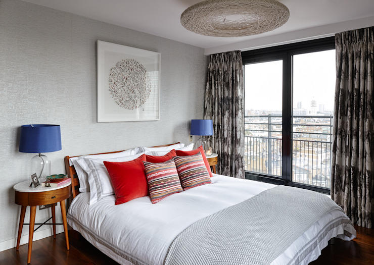 Gloucester Road Penthouse:  Bedroom by Bhavin Taylor Design,