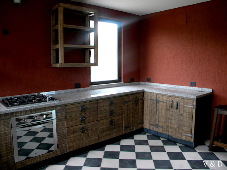 Industrial style kitchen by VETA & DISEÑO Industrial Solid Wood Multicolored
