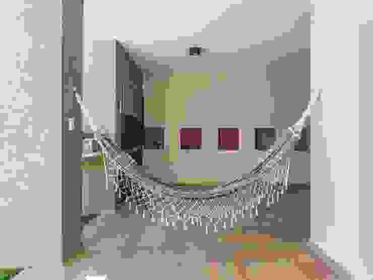 Jardines de estilo  por KARLEN + CLEMENTE ARQUITECTOS,