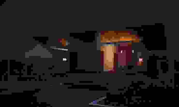 Casa W.A - Contagem - MG Casas modernas por Vale Arquitetura Moderno Vidro
