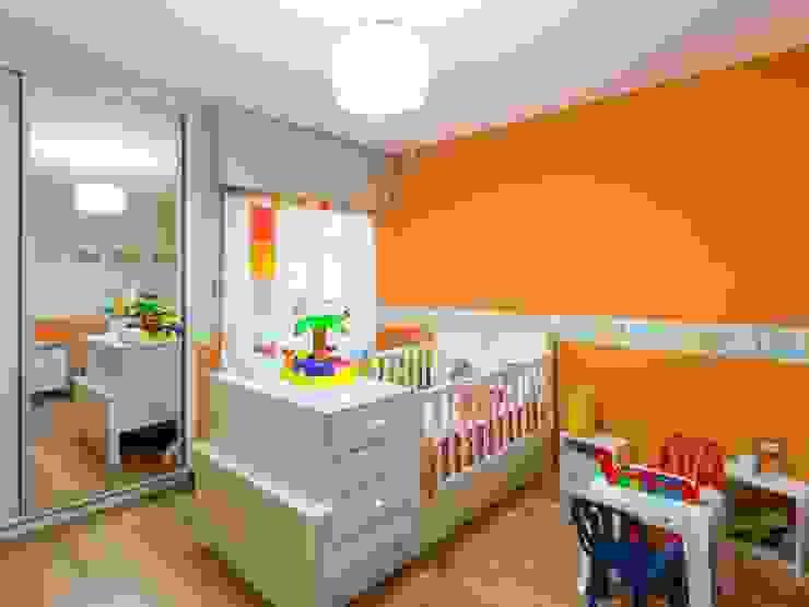 CASA MJ Dormitorios infantiles modernos: de KARLEN + CLEMENTE ARQUITECTOS Moderno Madera Acabado en madera