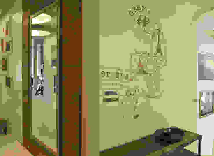 Przedpokój ozdobiony freskami Nowoczesny korytarz, przedpokój i schody od Pracownia Wnętrz Nowoczesny