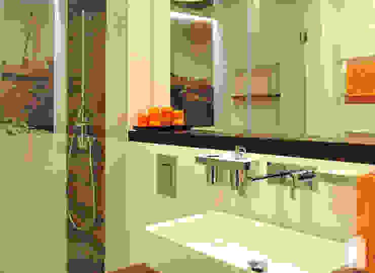 Łazienka w klimacie żeglarskim Nowoczesna łazienka od Pracownia Wnętrz Nowoczesny