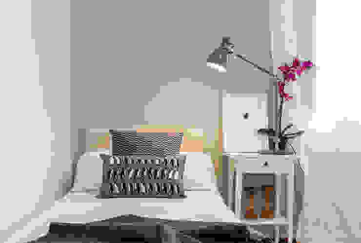 DORMITORIO de jaione elizalde estilismo inmobiliario - home staging Escandinavo