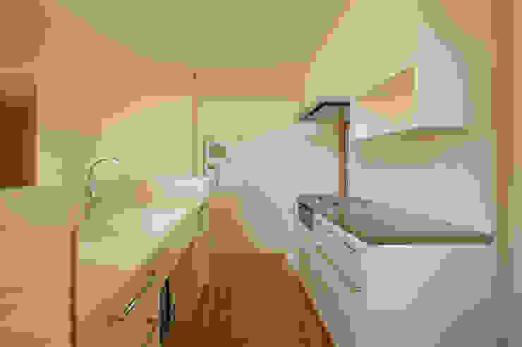 Cocinas modernas de 設計事務所アーキプレイス Moderno