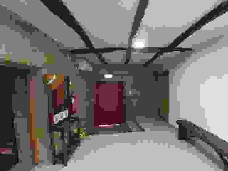 Casa de Campo das Sécias Corredores, halls e escadas rústicos por MHPROJECT Rústico
