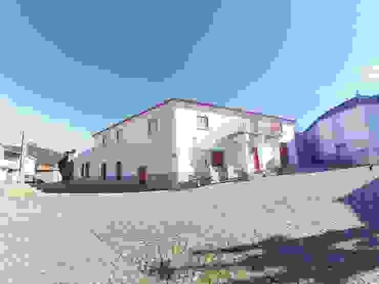 Casa de Campo das Sécias Casas rústicas por MHPROJECT Rústico