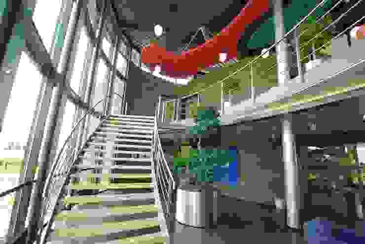 Interieur Wilee Techniek Moderne kantoor- & winkelruimten van Dick de Jong Interieurarchitekt Modern