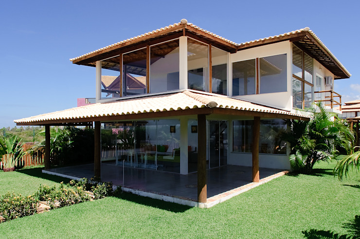 Tropical style houses by CHASTINET ARQUITETURA URBANISMO ENGENHARIA LTDA Tropical Wood Wood effect