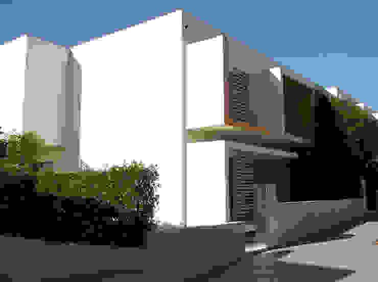 Vivendas da Quinta Casas modernas por Construções Couto Monteiro Moderno