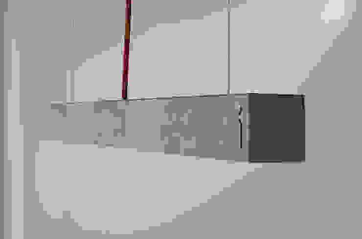 Hº2 - Lampara de Colgar de Concreto LED 1 de Estudio Indo Minimalista Concreto reforzado