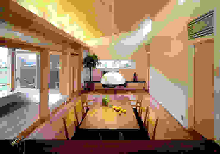 静岡の家 case004 オリジナルデザインの リビング の 岩川アトリエ オリジナル