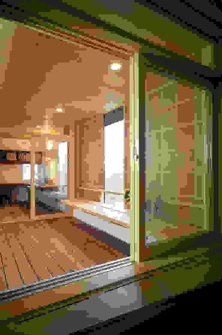 静岡の家 case004 オリジナルデザインの テラス の 岩川アトリエ オリジナル