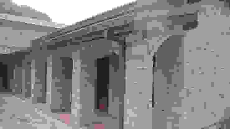 Balcones y terrazas de estilo rural de Plano Mimarlık ve Teknoloji Rural Piedra