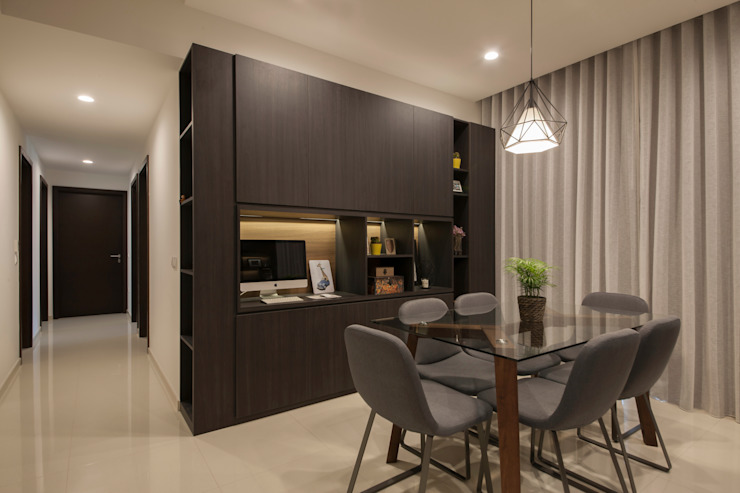 THE LIVIA:  Dining room by Eightytwo Pte Ltd,Modern