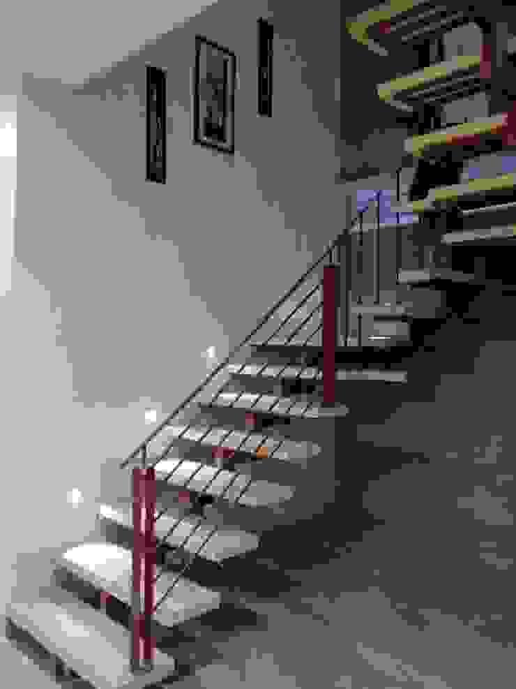 Dr varia residence Modern corridor, hallway & stairs by Tameer studio Modern