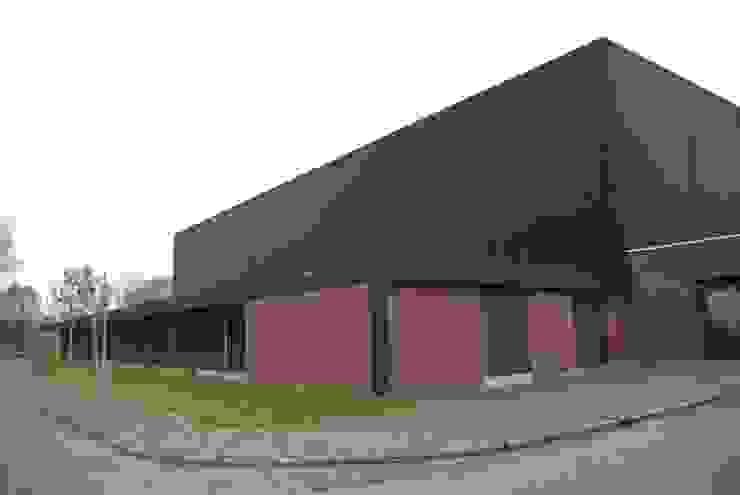 Voor foto Moderne bars & clubs van Dick de Jong Interieurarchitekt Modern
