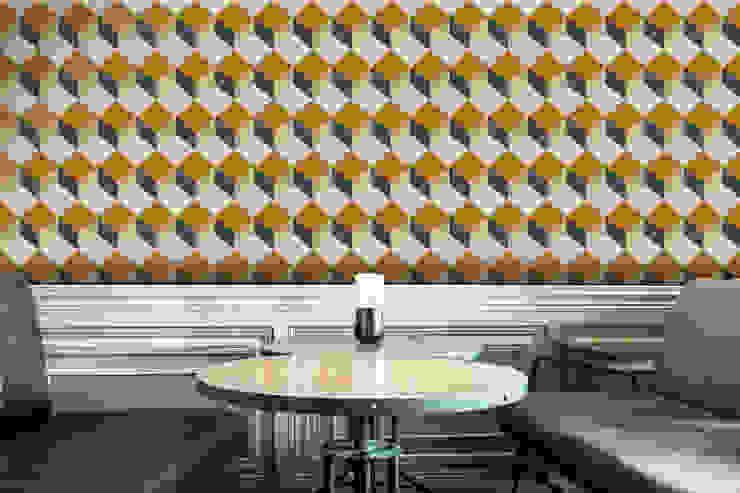 Cubo Laranja e Azul por OH Wallpaper Moderno Papel