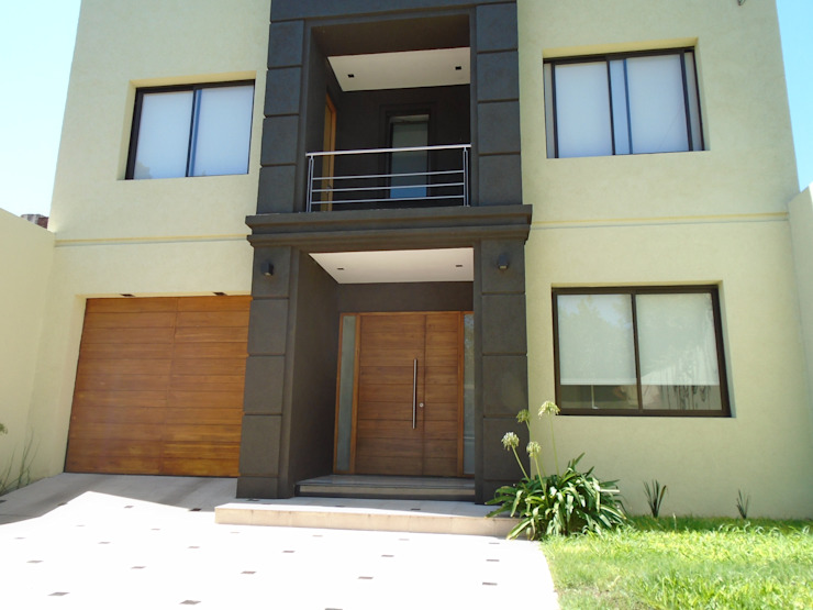 房子 by Arq.Rubén Orlando Sosa