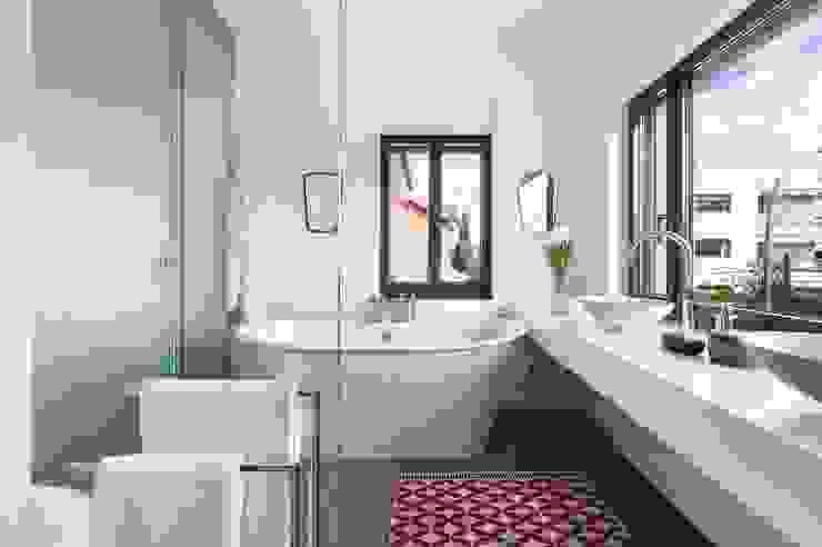 Salle de bains de style  par Egue y Seta