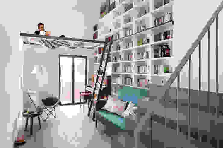 Salon de style  par Egue y Seta