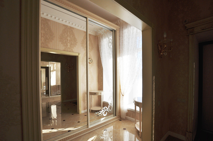 Classic style dressing rooms by Tutto design Classic