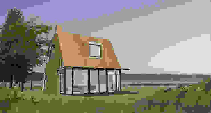 houten vakantiehuis aan zee Moderne huizen van hans moor architects Modern Hout Hout