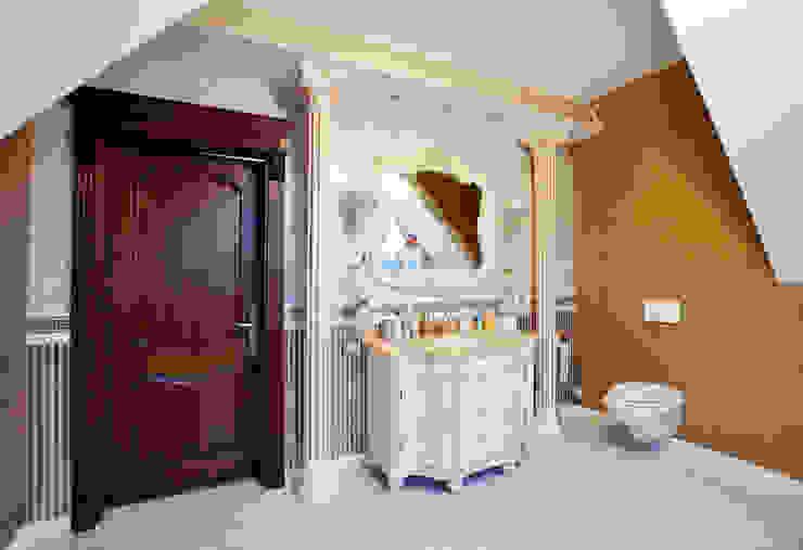 Klassische Badezimmer von Tutto design Klassisch