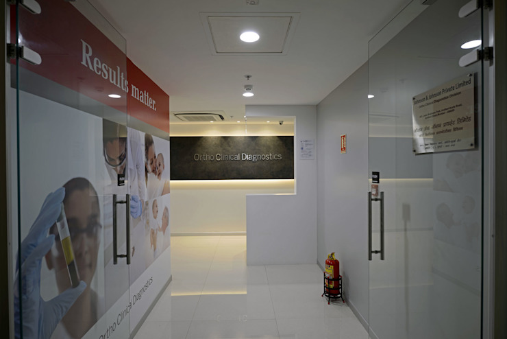 ORTHO CLINICAL DIAGNOSTICS by BEYOND DESIGN Modern