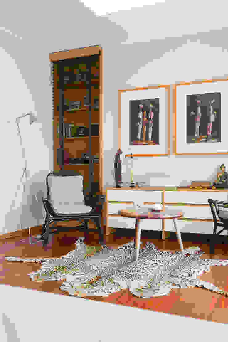 Casa em Leça da Palmeira Quartos ecléticos por ShiStudio Interior Design Eclético
