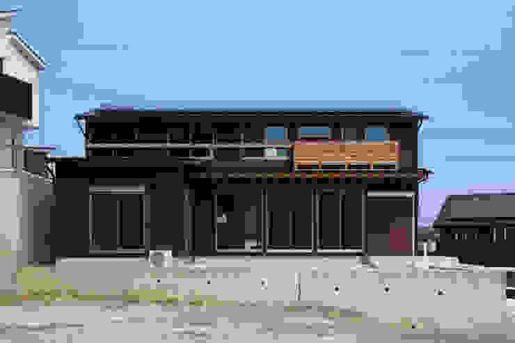 Rumah Klasik Oleh 加門建築設計室 Klasik